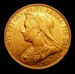Victoria Gold Sovereign 1900 Obverse