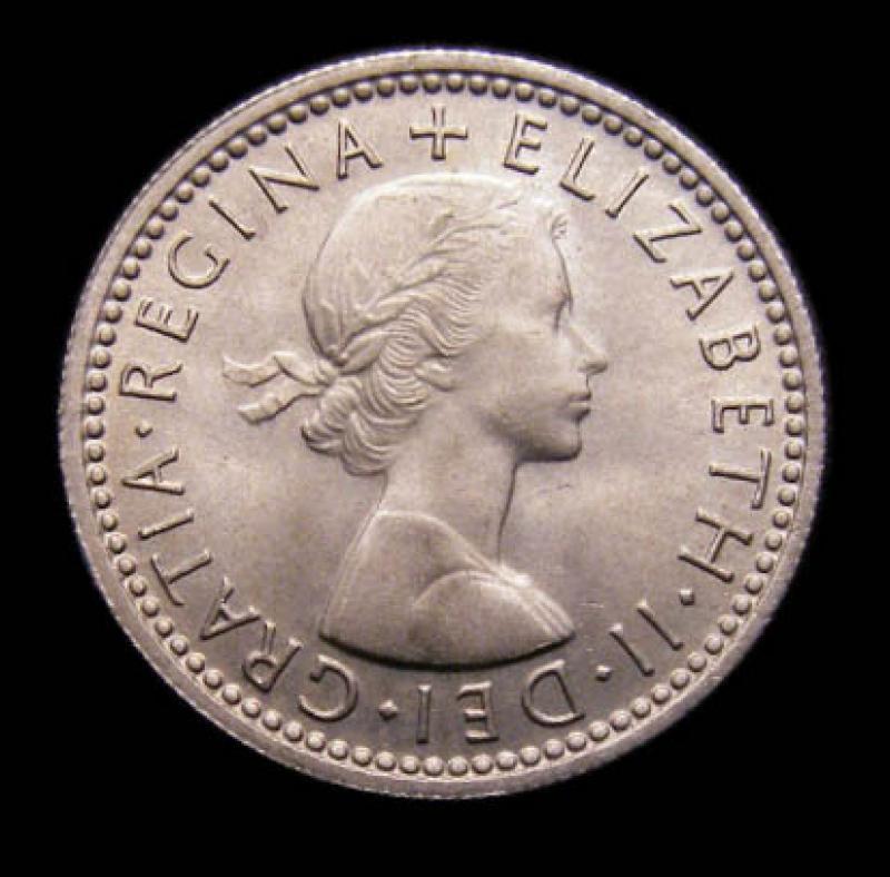 Sixpence 1957 Elizabeth II. Standard type - Obverse
