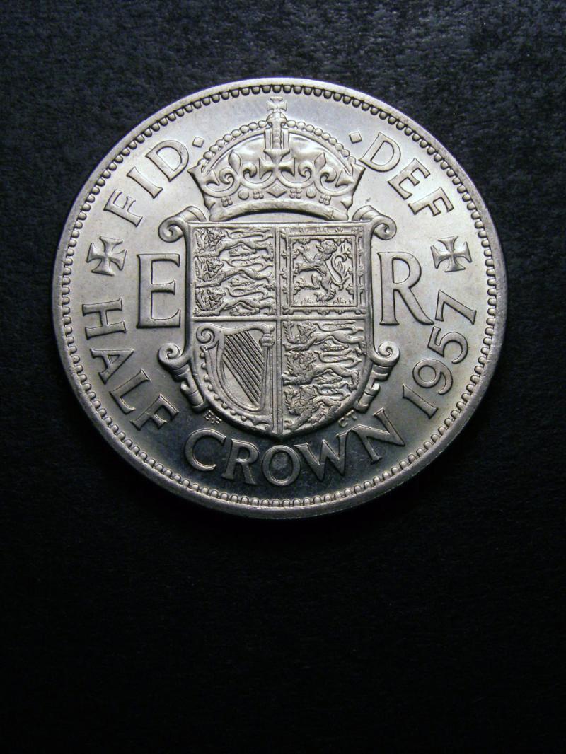 Halfcrown 1957 Elizabeth II. Standard type - Reverse
